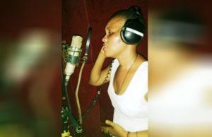 queen-zee-in-studio