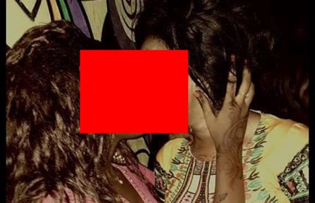 Ratchetness: Junubin girls pictured kissing passionately in a Juba club [PHOTO]