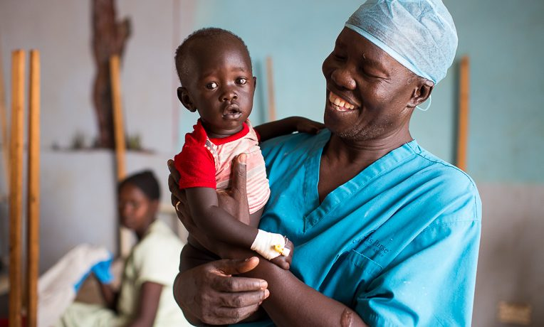 South Sudanese surgeon wins UN prize for treating Sudanese refugees