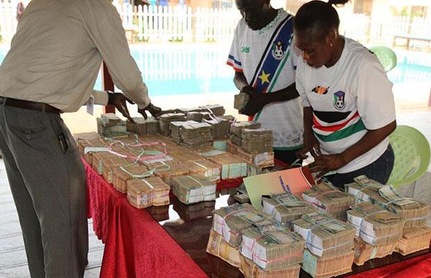 VP Taban Deng donates SSP 1 million to Bright Stars for beating Ugandan team