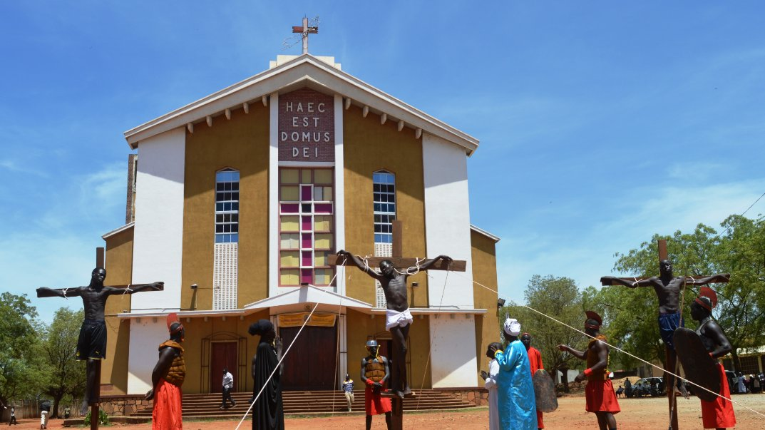3 South Sudanese nailed to crosses on Good Friday in Juba [PHOTOS]