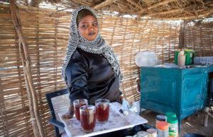 tea-drinking-in-Juba,-South-Sudan