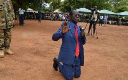 VP Wani Igga kneels, beg communities in Jonglei State to stop fighting