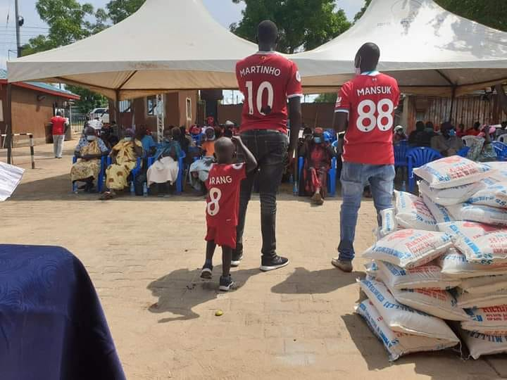 Juba Liverpool fans donate food items, sanitizers to elderly citizens in Juba
