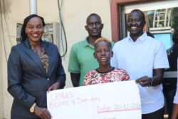 Mayen Ayom gets SSP 50,000 donation from well-wisher