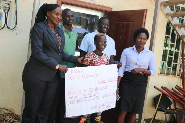 Mayen Ayom gets donation