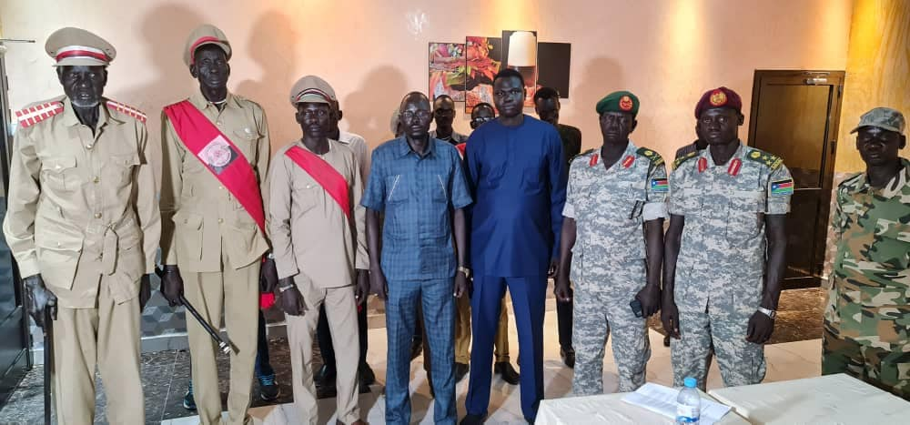 Lou Nuer Generals, elders defect from Riek Machar's SPLM-IO
